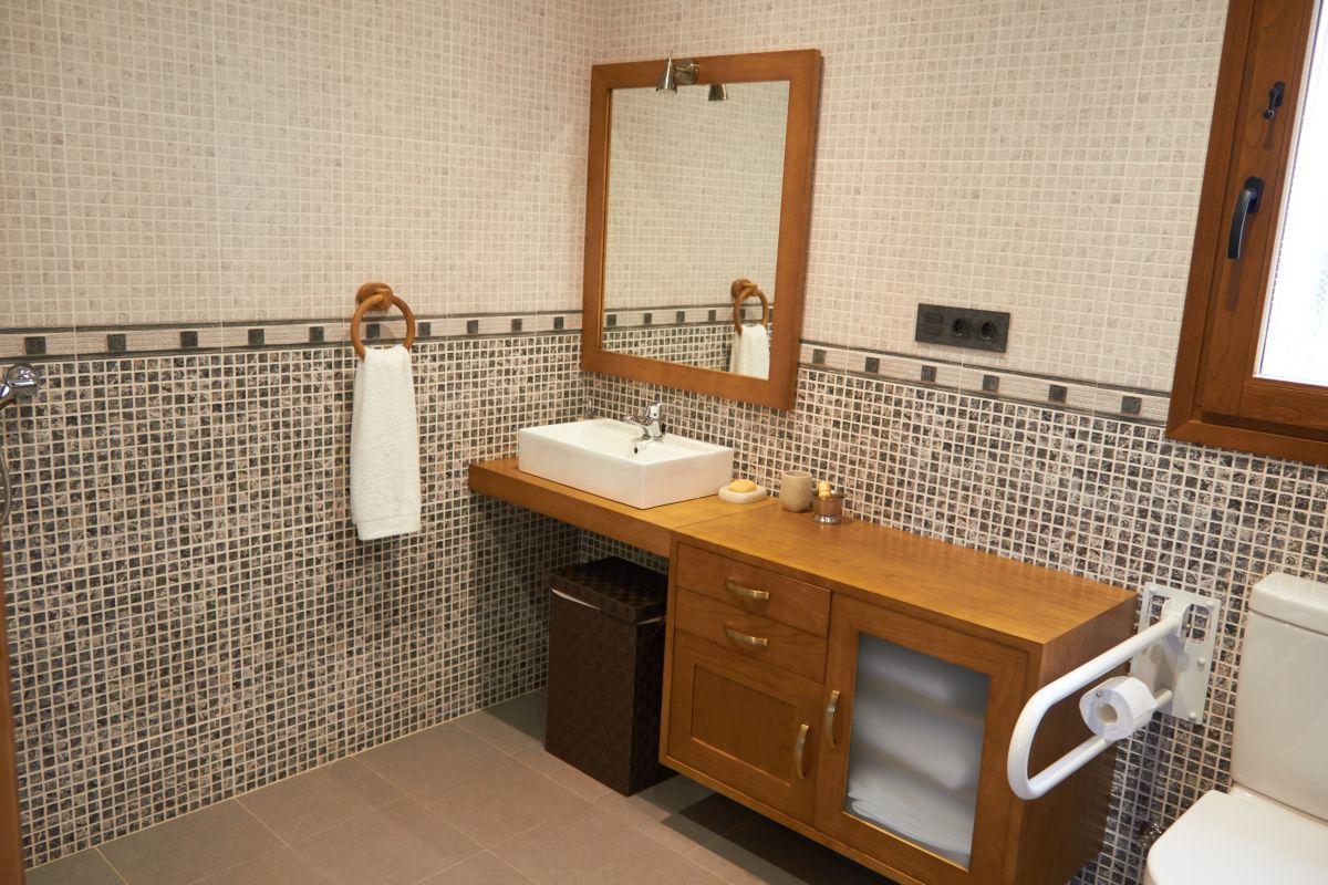 Miroir Salle De Bain Wifi ~ un bain adapt le rez de chauss e casa rural el boje